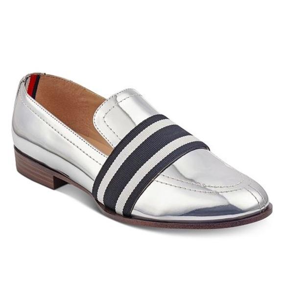 7e652d1b701 Tmmy Hilfiger silver loafers. M 5b3d75a7c9bf5023dc9e6993